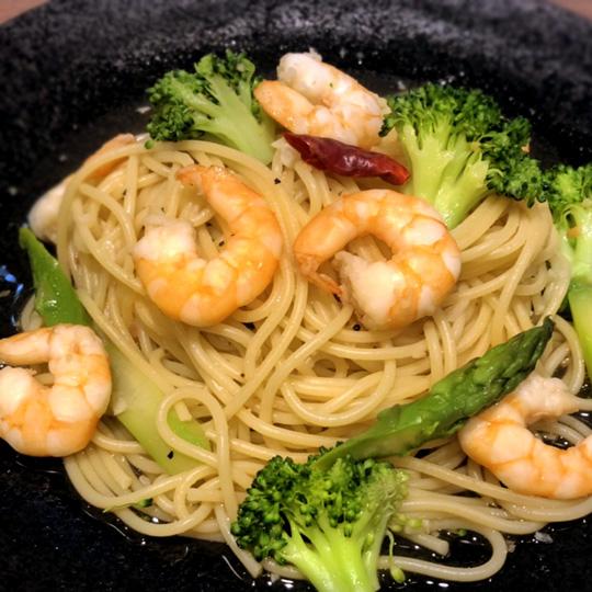 海老と季節野菜の和風ペペロンチーノ